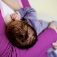 How do I know if my baby is getting enough milk?