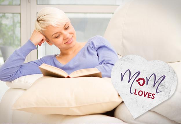 mom loves books