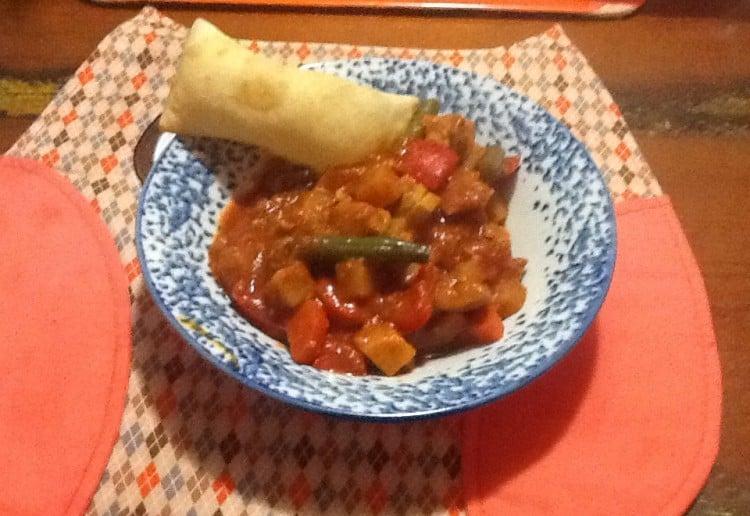 Chicken & vegetable vindaloo curry