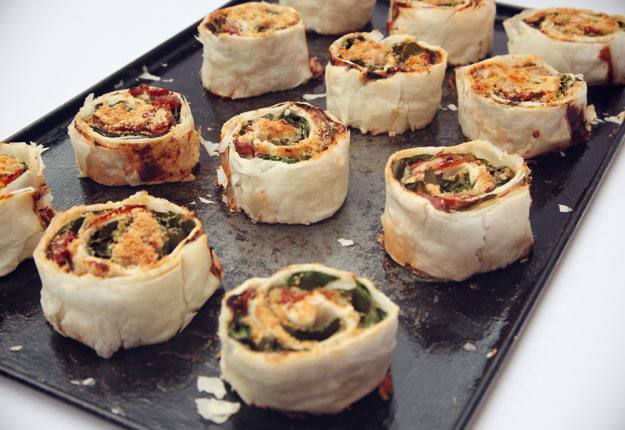 mom90758 reviewed Cheese tomato and spinach scrolls recipe