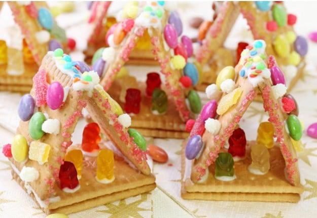 Easy Christmas Jelly Bean House