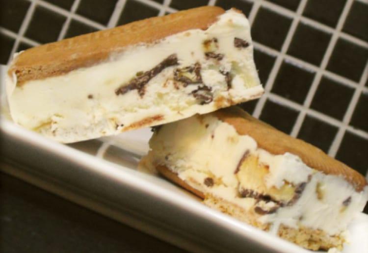 Violet Crumble Ice-cream (Hokey Pokey)