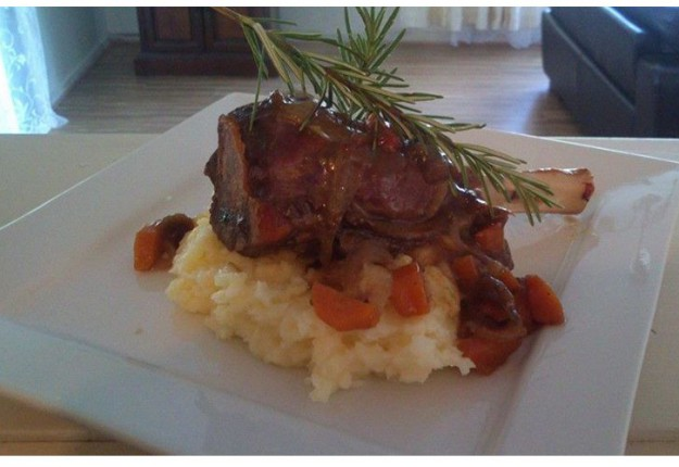 TASTY SLOW COOKED  LAMB SHANKS SIMPLE AND EASY