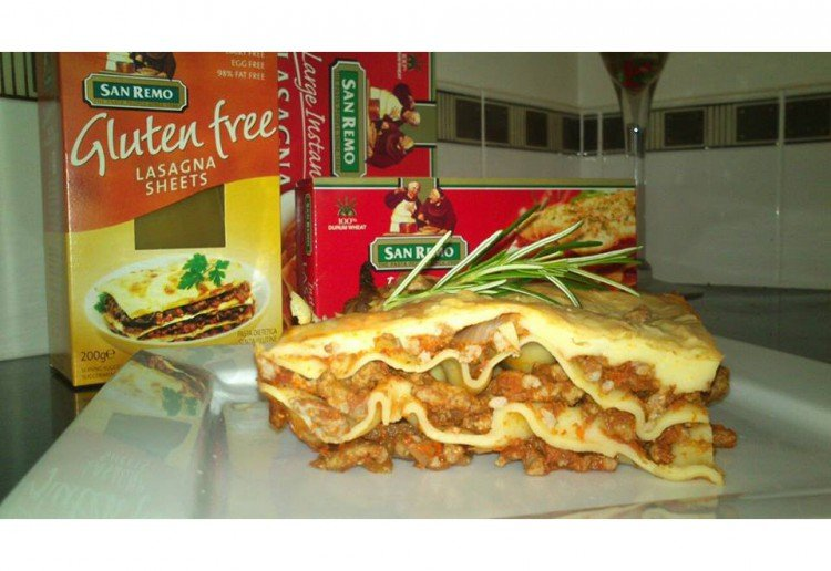 Easy beef lasagna with eggplant and vegetables