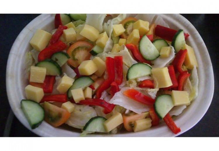 Honey and poppy seed salad dressing