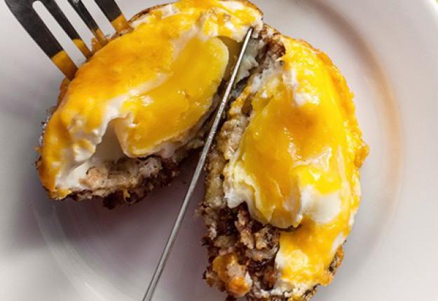 Egg bake in cheesy crumb