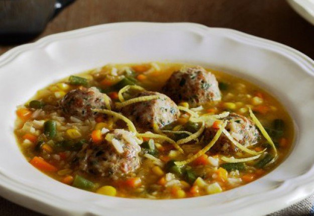 Chicken and herb meatball soup
