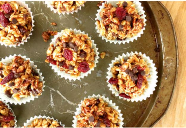 Choco-Cranberry Granola Balls