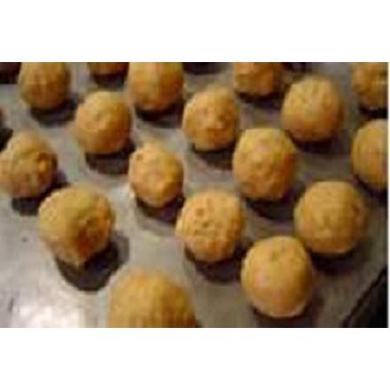 Coconut-peanut balls