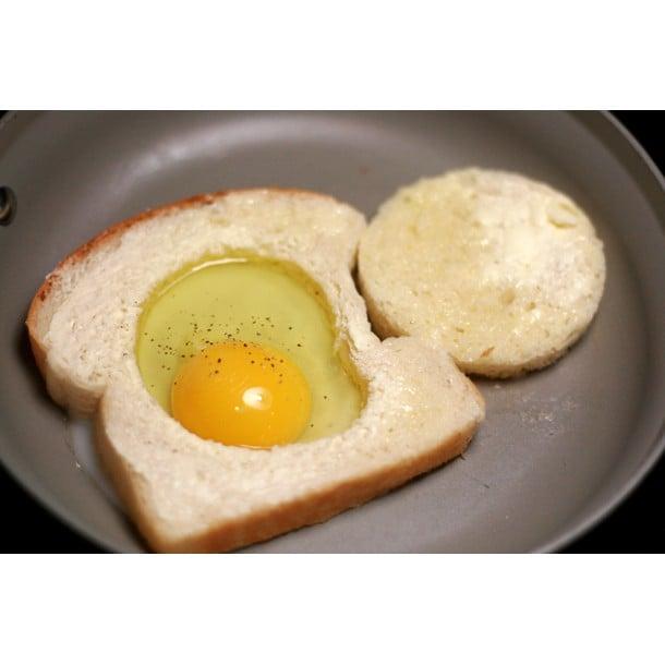 Bulls eye egg
