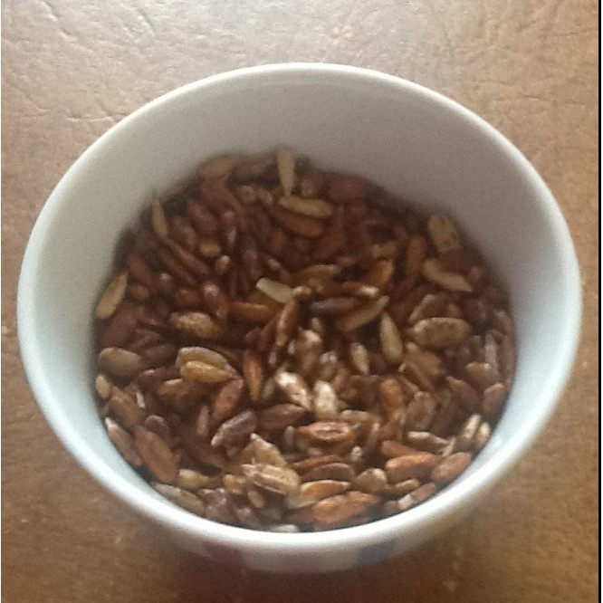 Savoury sunflower seeds