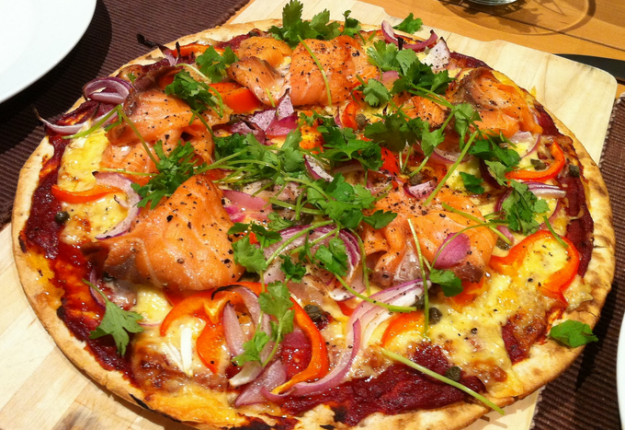 Homemade Smoked Salmon with Capers Pizza