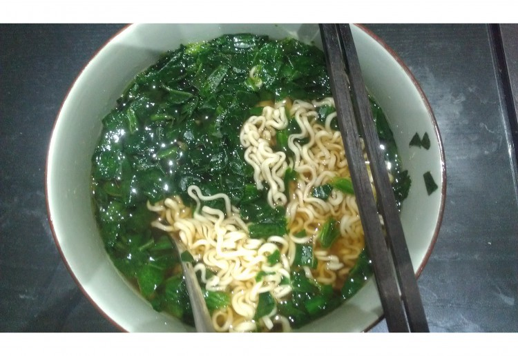 Too easy Spinach Noodle soup