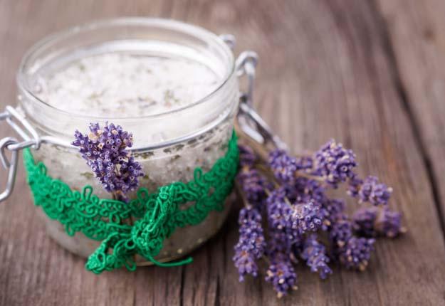 Lavender & Oatmeal Scrub
