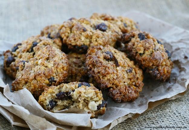 Lemon & date oat cookies recipe