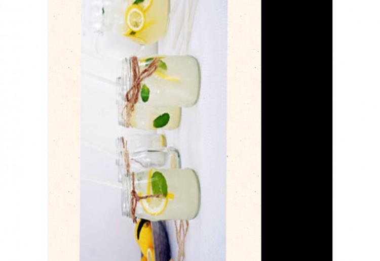 Frosty lemonade