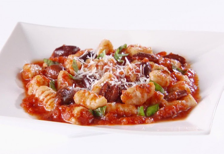 Ricotta and Spinach Gnocchi with Tomato and Olive Sauce