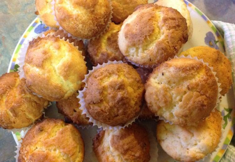 Lemon and Sour Cream Cupcakes