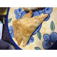 Apple and sultana pastries