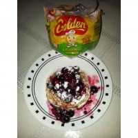 Mixed Berry Basket Crumpets with oats.