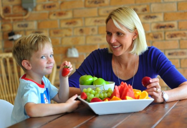 Creative ways to get your kids eating their veggies