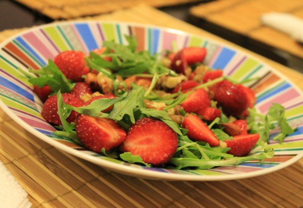 Strawberry & Arugula Vegan Salad