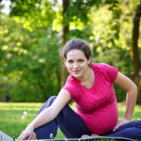 Maternity exercise clothes: A requisite for expectant mums