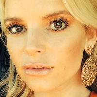 Jessica Simpson is 'madly in love with this moment' and so are we!