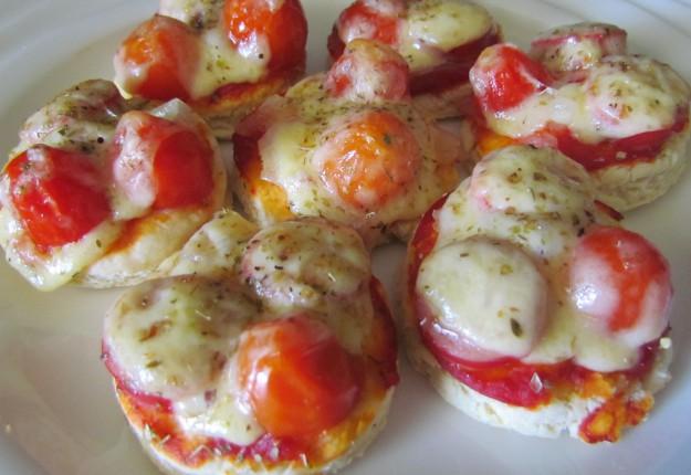 Mini Christmas pizzas