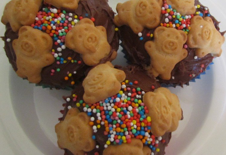 Teddy Bear Cup Cakes