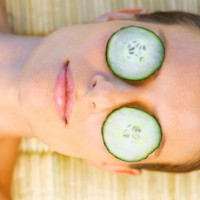 5 ways to pamper yourself in 5 minutes