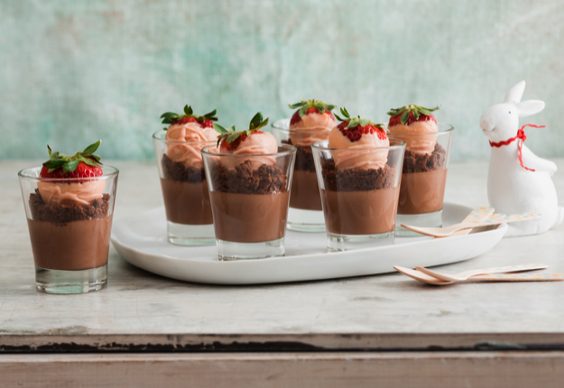 Amazing Chocolate Cheesecake Pots