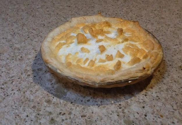 Mum's lemon meringue pie