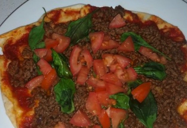 mom94378 reviewed Mince pizza