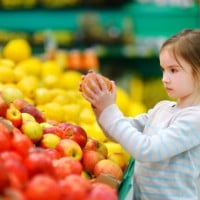 Get your child on the right track: five tips for healthy snacking