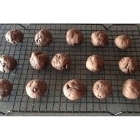 Chunky chocolate biscuits