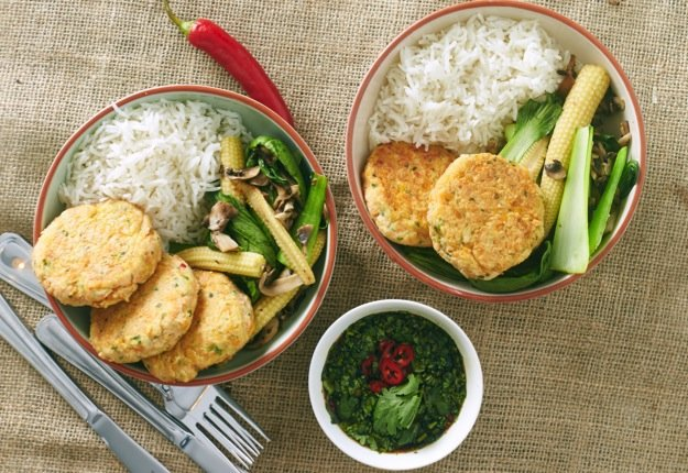 Zoe's Thai fish cakes and stir-fry vegetables with dipping sauce