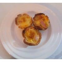 Bacon and egg picnic pots