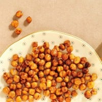 Roasted chick pea snack