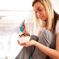 Essential breastfeeding snacks for nursing mothers