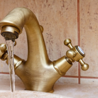 How to fix a leaky tap (Compression Faucet)