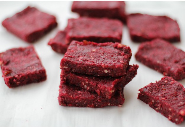 Beetroot energy bars