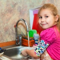 Chores For Kids And Why I Won't Pay My Kids To Do Them