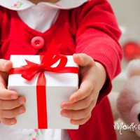 How to choose the perfect gift for your au pair this Christmas