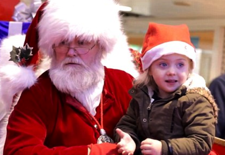 Experts urge parents to stop lying about Santa