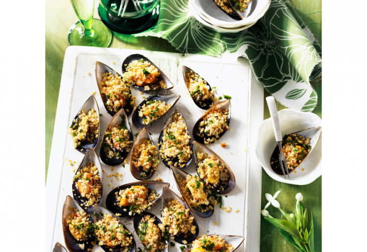MUSSELS WITH CHILLI AND LEMON PANGRITA