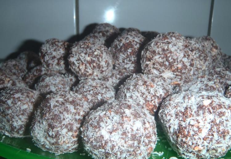 Yum-Yum-Rum Balls