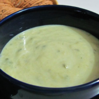Cold leek and cucumber soup