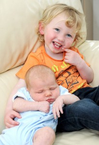 Miracle-twins-born-two-years-apart