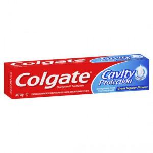 Colgate Toothpaste Regular Flavour